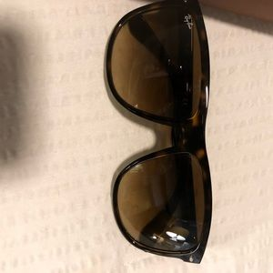Unisex raybans! Excellent condition